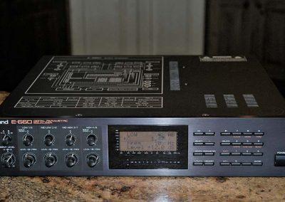 Roland E-660 Digital EQ