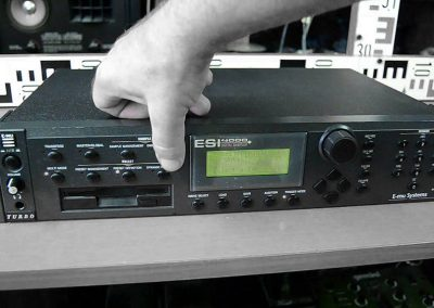 E-mu ESI-4000 Professional 64 voice sampler
