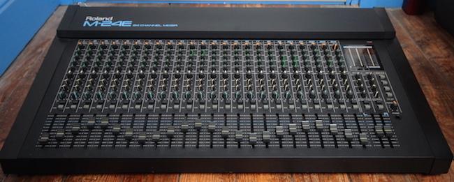 Roland M24e Analog Mixer