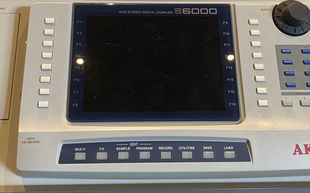 Akai S-6000 Sampler