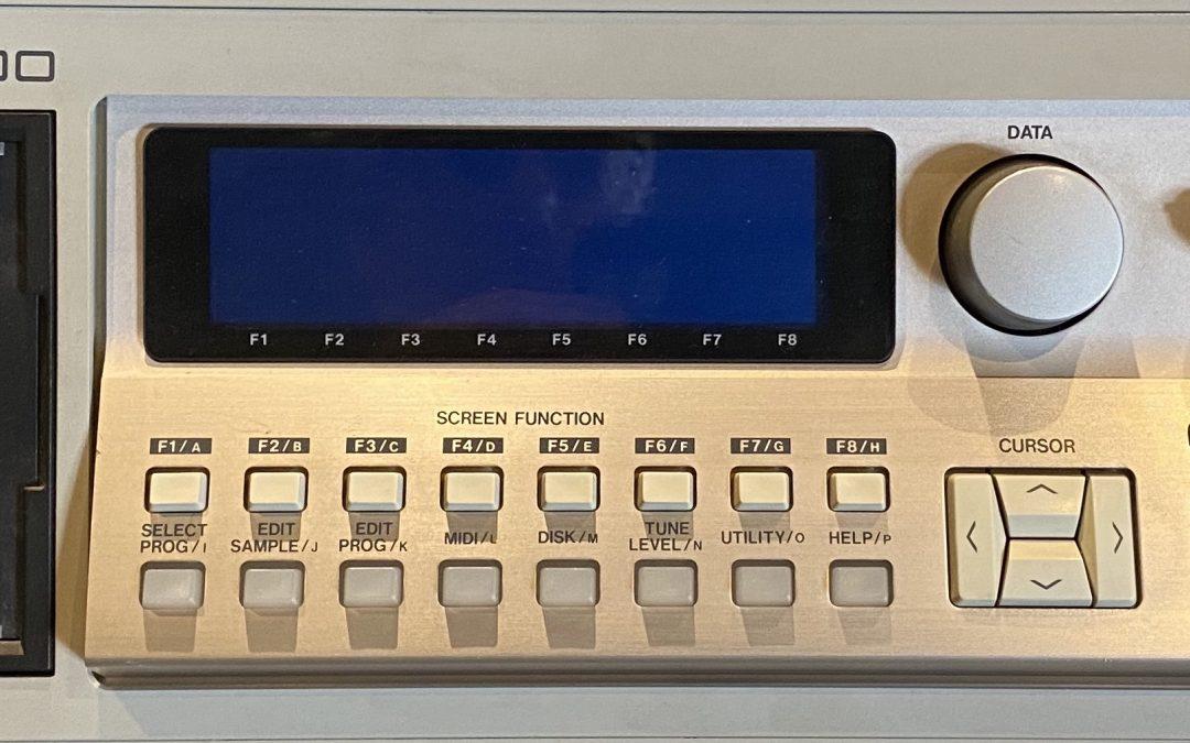 Akai S-3200 Sampler